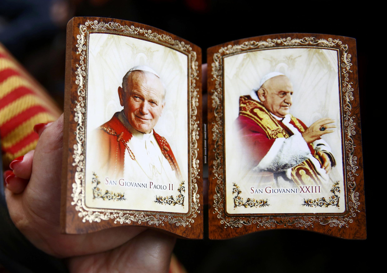 """در مراسم امروز واتیکان، """"ژان بیست و سوم"""" و """"ژان-پل دوم"""" رسماً در زمرۀ قدیسان شناخته شدند."""