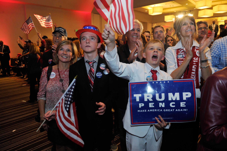 Partidarios de Trump en Greenwood Village, Colorado, 8 de noviembre 2016.
