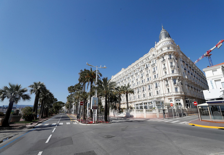 La Croisette à Cannes, pendant le confinement, le 18 mars.