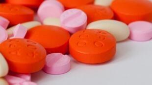 L'efficacité des antibiotiques est menacée car certaines bactéries peuvent s'adapter et résister au traitement.
