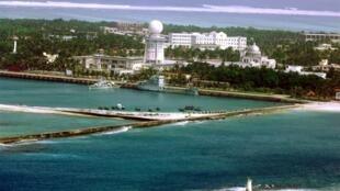 """""""Thành phố Tam Sa"""" mà Trung Quốc dựng lên tại quần đảo Hoàng Sa chiếm của Việt Nam. Ảnh chụp ngày 27/07/2012."""