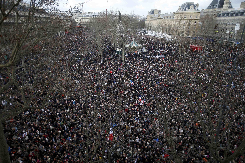 Praça da República no início da tarde deste domingo (11/01).