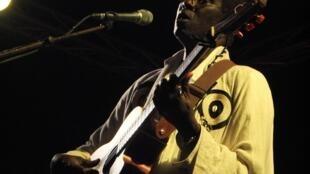 Wasis Diop en concert à Saint-Louis Jazz en avril 2017.