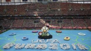 Cerimônia de abertura da Eurocopa, em Varsóvia, nessa sexta-feira.