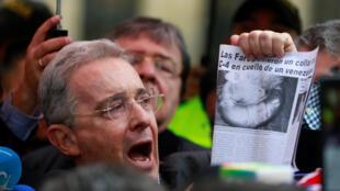 El ex presidente colombiano Alvaro Uribe. Foto del 2 de octubre, tras el plebiscito por la paz, que rechazó una corta mayoría de electores colombianos.