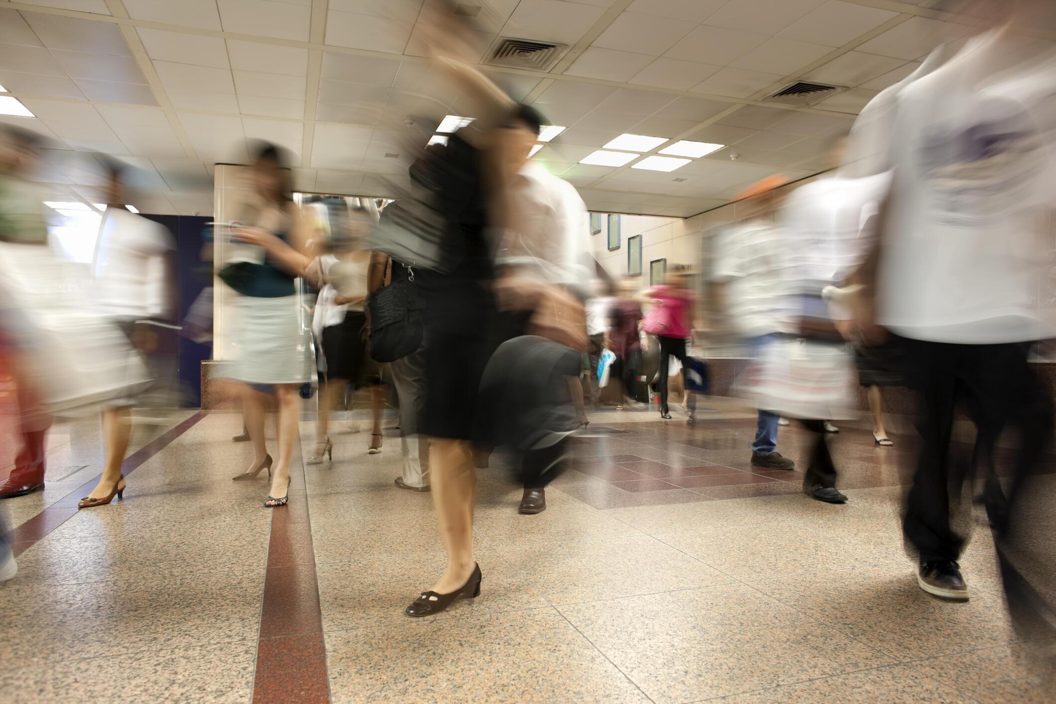 Dans les années 1970, près de la moitié des Singapouriens avait pour langue maternelle le Hokkien, ils sont aujourd'hui 12% à parler ce dialect.