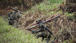 Katika msitu mkubwa wanakojificha waasi wa Uganda wa ADF, mashariki mwa DRC, jeshi la DRC (FARDC0 wakipiga doria.