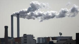 Incineration plant near Paris.