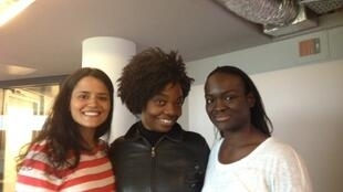 de gauche à droite: Haifat Lili, Anasthasie Tudieshe, Aya Cissoko