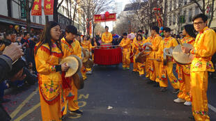 Entre 150 000 et 200 000 personnes assistent au défilé chaque année.