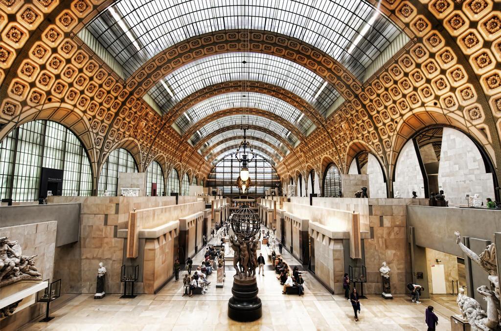 Есть основания полагать, что найденная картина —«Хористы» Эдгара Дега изколлекции музея Орсе