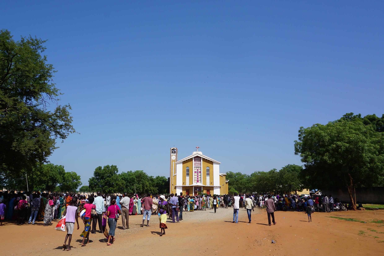 Des milliers de civils se sont réfugiés dans les église à Juba, fuyant les violences de la capitale.