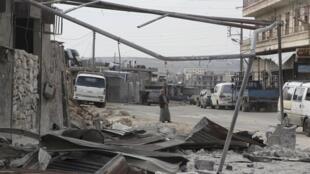 Uharibifu unaendelea kushuhudiwa katika mji wa Aleppo, Syria, kufuatia mapigano yanayoendelea.