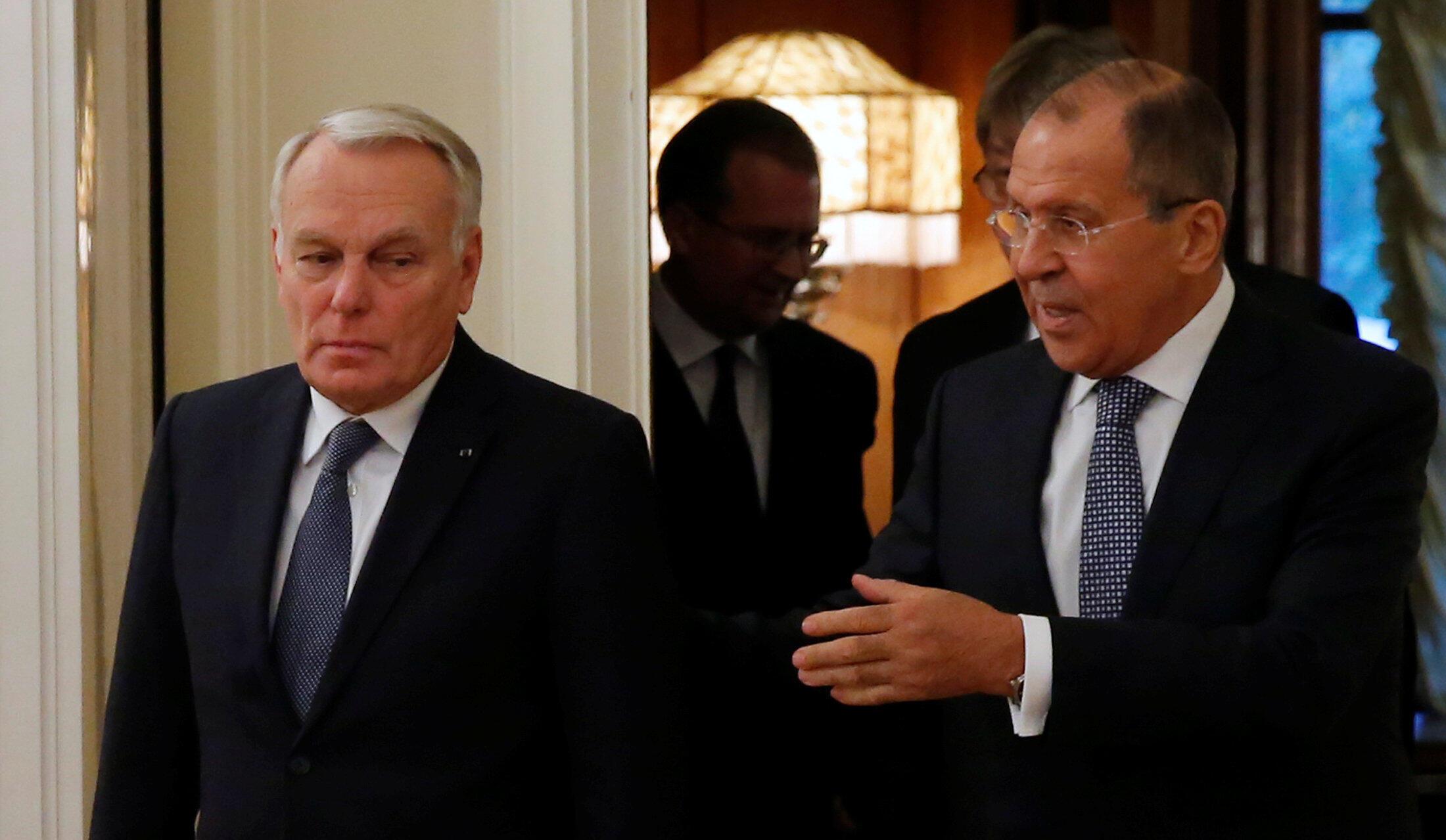 Жан-Марк Эро (слева) и Сергей Лавров