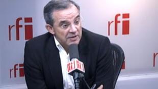 Тьери Мариани, депутат и бывший министр в правительстве Николя Саркози в студии RFI