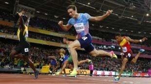 Россиянин Сергей Шубенков стал серебряным призером в беге на 110 м с барьерами как нейтральный спортсмен, Лондон, 7 августа 2017 года.