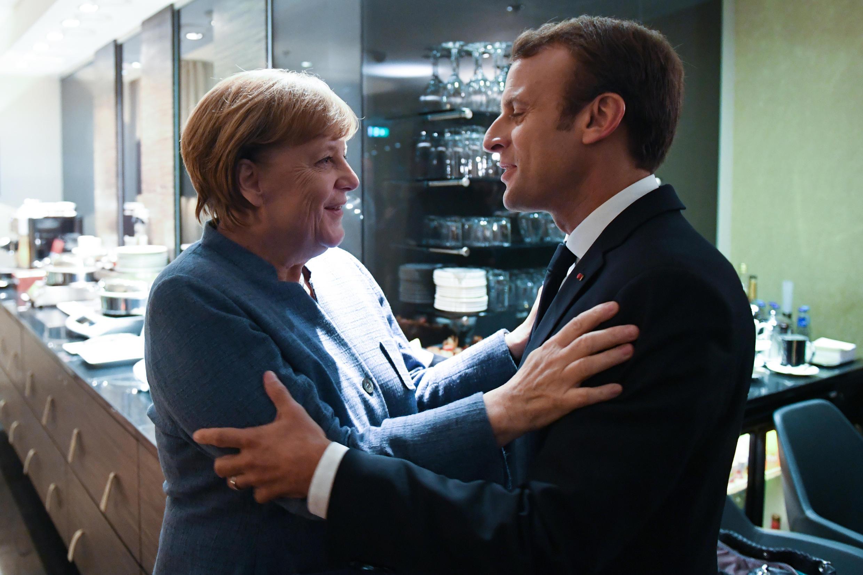 Angela Merkel et Emmanuel Macron à Tallinn, le 28 septembre 2017, avant un sommet consacré au numérique.