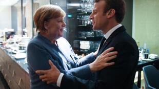 Angela Merkel et Emmanuel Macron à Tallinn, le 28 septembre 2017, avant le sommet consacré au numérique.
