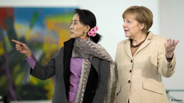 Lãnh đạo đối lập Miến Điện Aung San Suu Kyi và Thủ tướng Đức Angela Merkel - Reuters