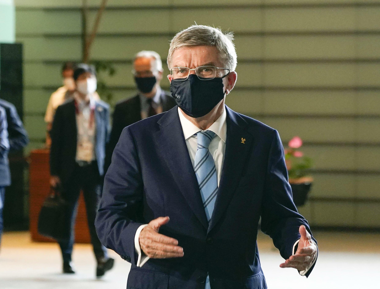 Le président du CIO Thomas Bach avant une rencontre avec le Premier ministre japonais, le 14 juillet 2021 à Tokyo