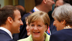 Le président français Emmanuel Macron, la chancelière allemande Angela Merkel et la Première ministre britannique May à Bruxelles, le 22 juin 2017.