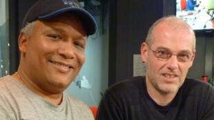 Arensidio Sarmiento y Erwan Rome en los estudios de RFI