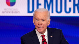 2020-04-27T000000Z_1629356763_RC20DG97XVXI_RTRMADP_3_USA-ELECTION-BIDEN-PELOSI