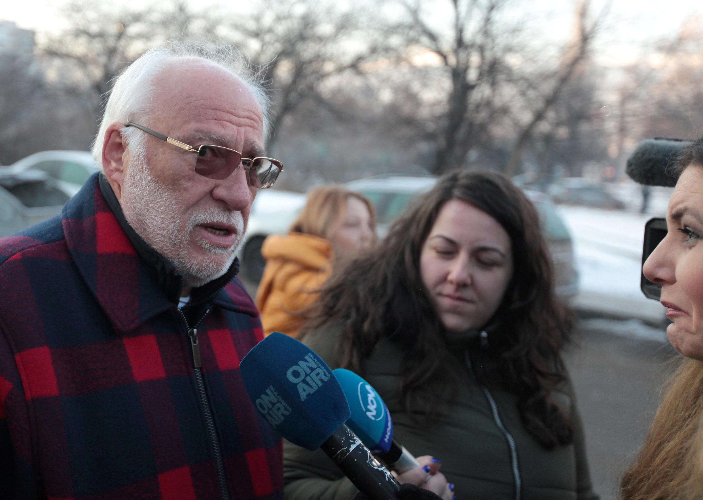 Болгарский бизнесмен Емельян Гебрев беседует с журналистами в Софии 18 января 2019