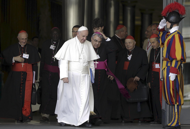 Thượng Hội Đồng Giám Mục về Gia Đình chuẩn bị trao lại văn kiện cho Đức giáo hoàng - REUTERS /Max Rossi