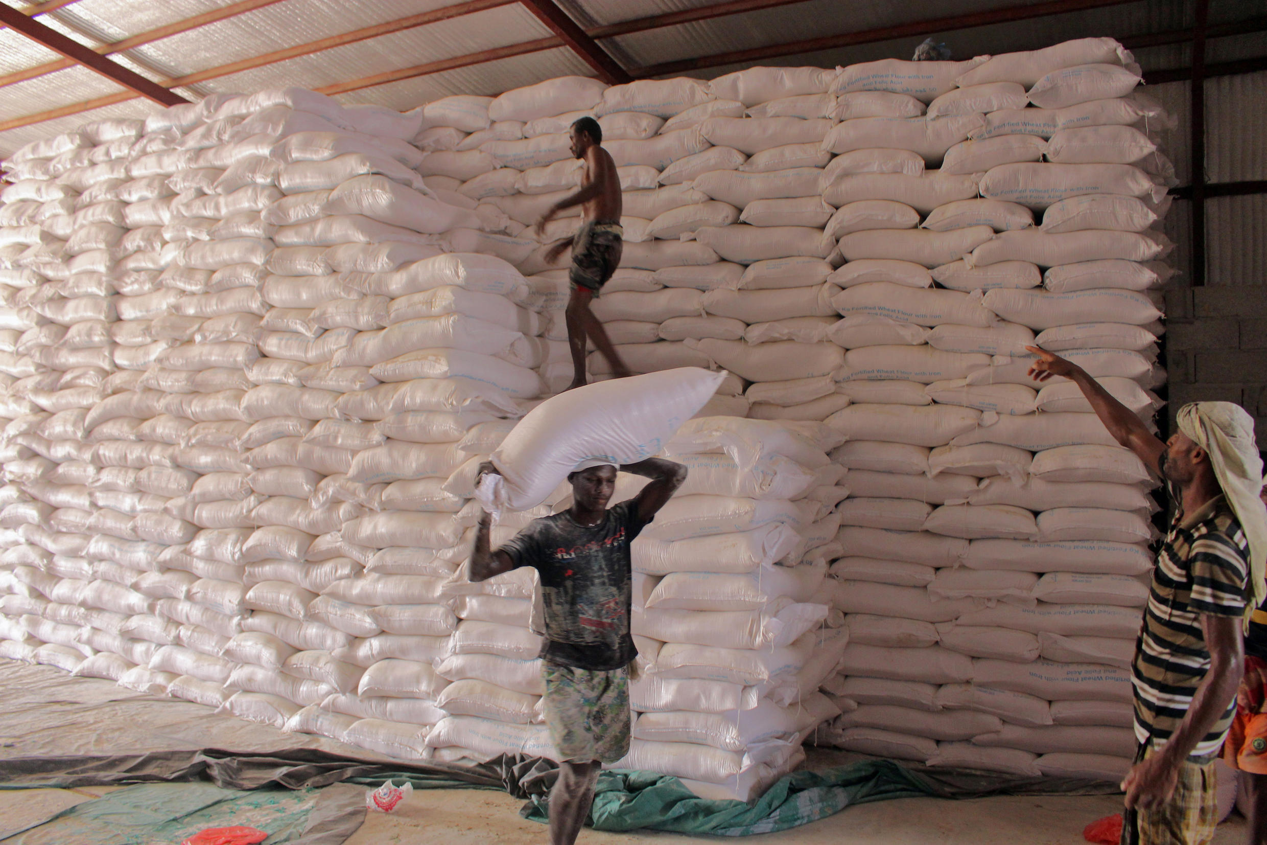 """The WFP, shown here at work in Yemen, was honoured with the Nobel Peace Prize for its efforts """"to prevent the use of hunger as a weapon of war"""""""