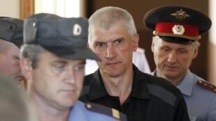 Платон Лебедев на заседании вельского суда 27/07/2011