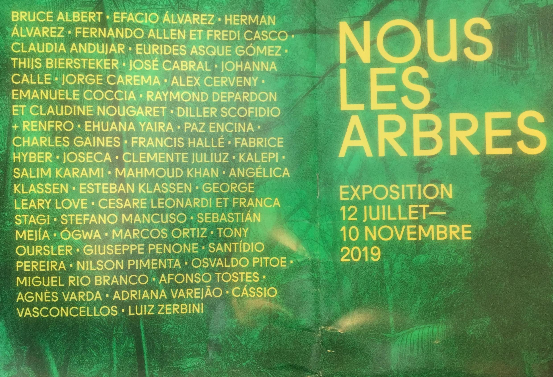 """Capa do catálogo da exposição """"Nós, as Árvores"""", em Paris."""