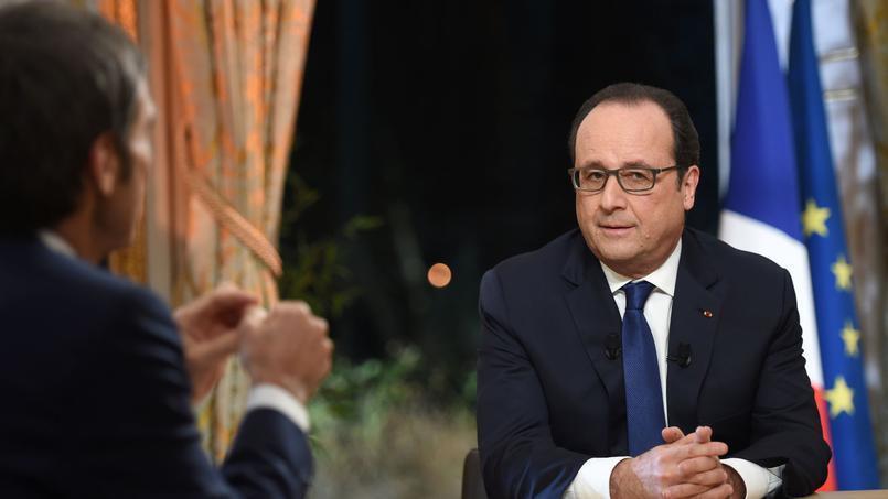 O Presidente François Hollande, no Eliseu , a 31 de Dezembro de 2015.