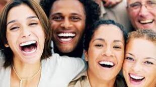 Le rire est un atout considérable. Est-ce aussi une thérapie ?