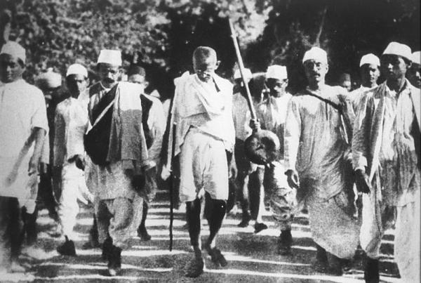 Gandhi pendant la marche du sel, mars 1930
