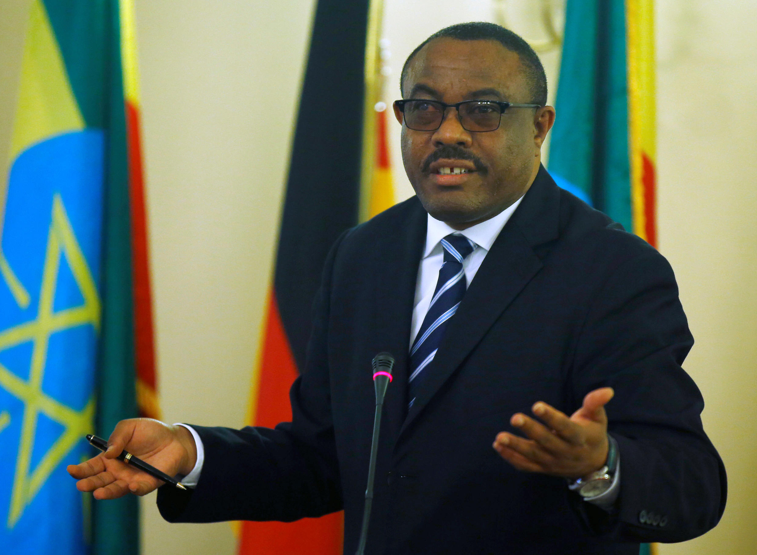 Ethiopian Prime Minister Hailemariam Desalegn at a news conference in Addis Ababa, Ethiopia on 11 October 2016.