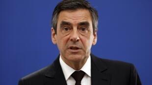 O primeiro-ministro francês, François Fillon,  anuncia nesta quarta-feira detalhes do plano de austeridade francês.