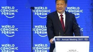 Tập Cận Bình, chủ tịch Trung Quốc đầu tiên tại Diễn Đàn Kinh Tế Thế Giới Davos. Ảnh ngày 17/01/2017.