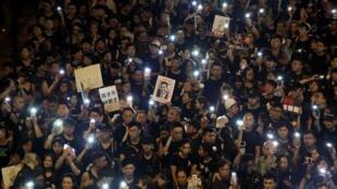 兩百萬港民再度舉行反送中大遊行。
