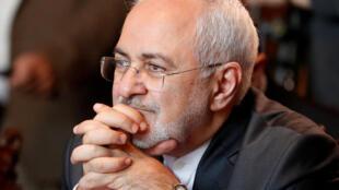 Ảnh minh họa: Ngoại trưởng Iran, Mohammad Javad Zarif, lúc đến Matxcơva, ngày 28/04/2018.
