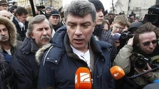 Boris Nemtsov le 17 mars 2012. Il était une figure incontournable de l'opposition, fondateur de l'Union des forces de droite, co-président du Parti de la liberté du peuple et leader du mouvement Solidarnost.