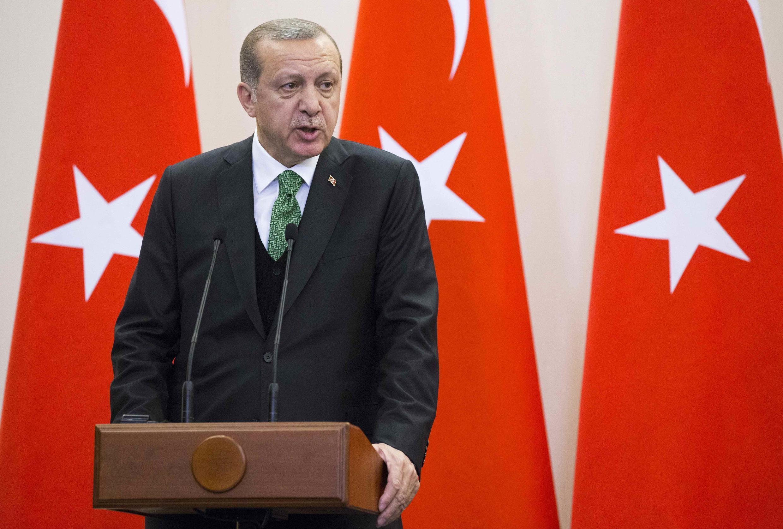 Le président turc Recep Tayyip Erdogan, en conférence de presse en Russie, à Sotchi, le 3 mai 2017.