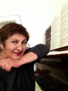 پری برکشلی، موسیقی شناس و پیانیست ایرانی