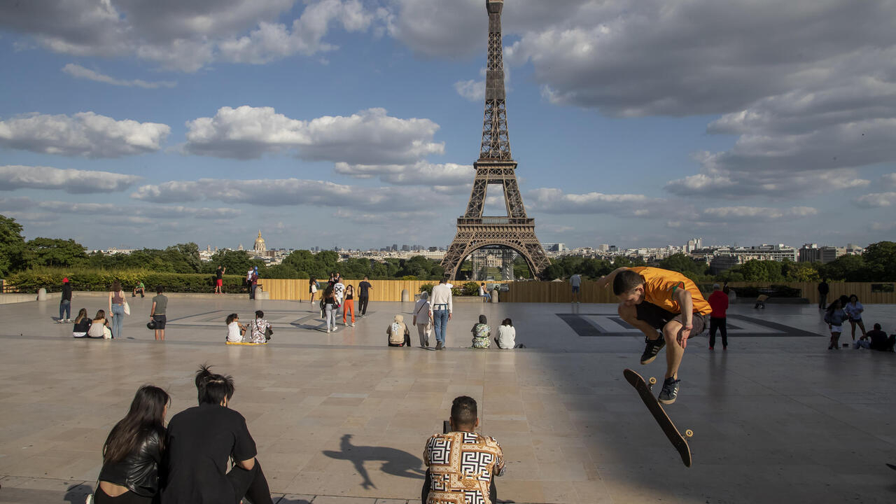 Eiffel Tower to welcome back visitors from 25 June