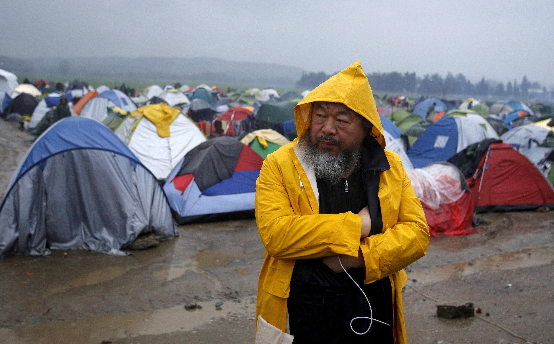 艾未未在希臘難民營