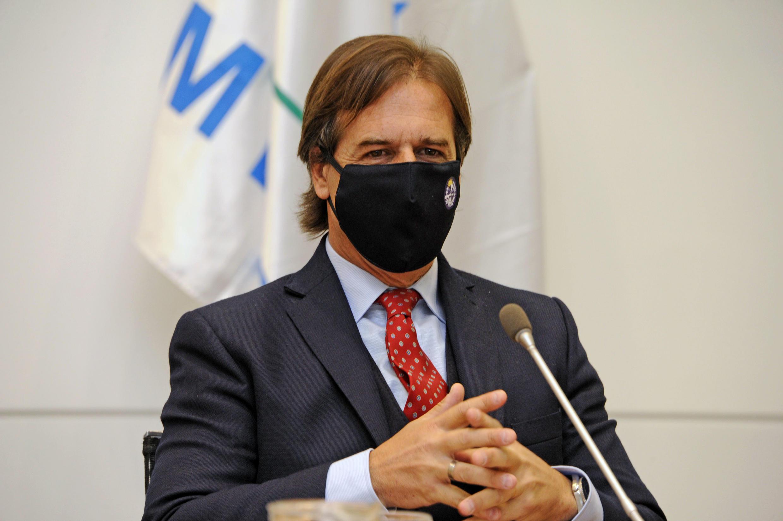 El presidente de Uruguay, Luis Lacalle Pou, anunció el reinicio de las clases presenciales en todos los niveles educativos para junio, apoyado en una exitosa evolución de la epidemia de coronavirus en el país