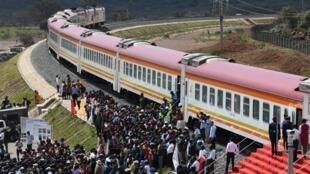 Ce nouveau projet ferroviaire reliant Nairobi à Susua est au coeur de la polémique au Kenya, en raison notamment de son coût.
