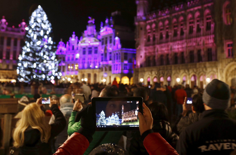 A Grand Place, em Bruxelas, na noite de Réveillon