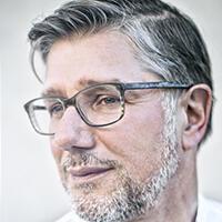 Journaliste au quotidien Libération et auteur du blog « Coulisses de Bruxelles », Jean Quatremer a signé cet essai : « Les salauds de l'Europe ».