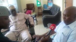 Zantawar Bashir Ibrahim Idris da masana a wata cibiya dake nazari kan nau'in kwari a gonanki